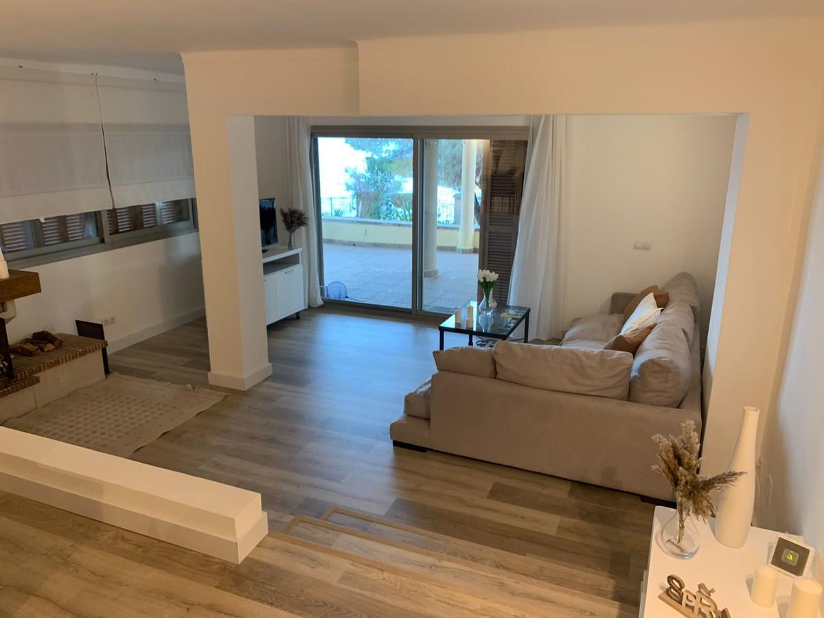 Qlistings - Apartment in Alcanada, Mallorca Property Image