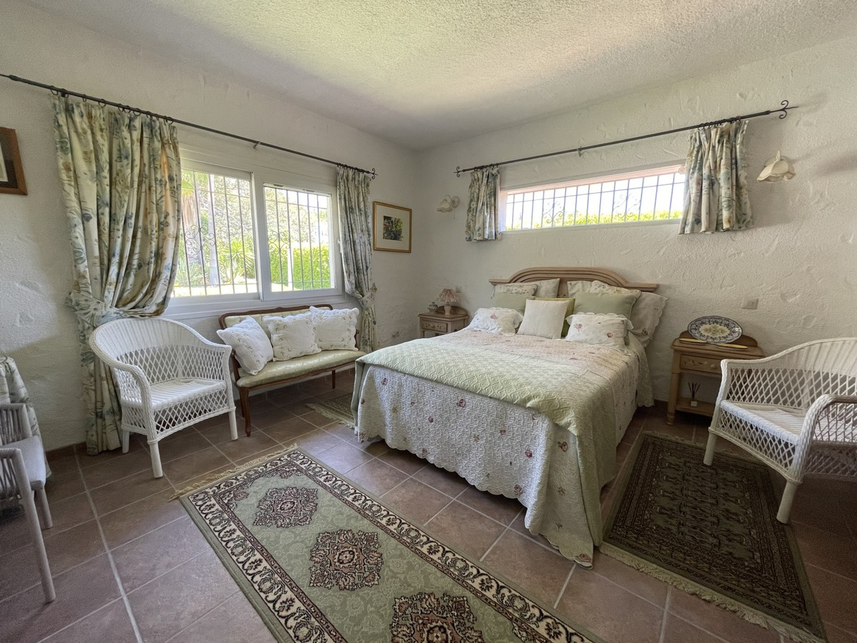 Qlistings - Charming Rustic Style House Villa in Mijas, Costa del Sol Property Image