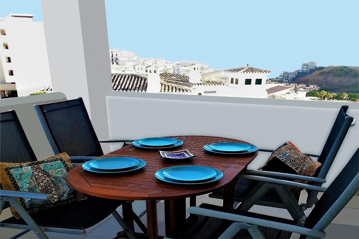 Qlistings - Nice Apartment in Benalmadena Costa, Costa del Sol Property Image