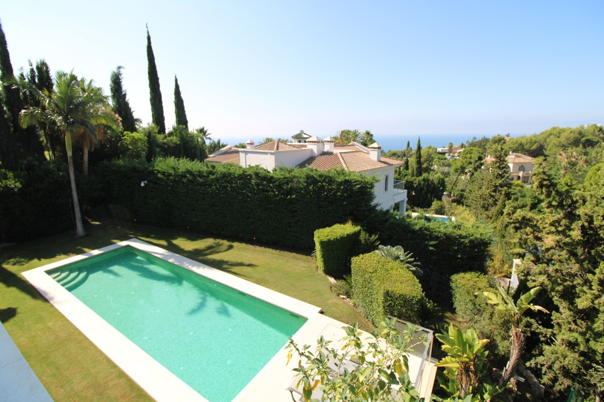Qlistings - House in Sierra Blanca, Costa del Sol Property Image