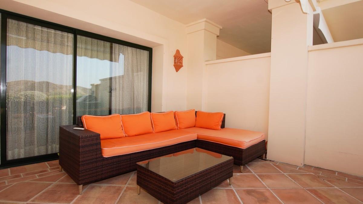 Qlistings - Apartment in Benahavís, Costa del Sol Property Image