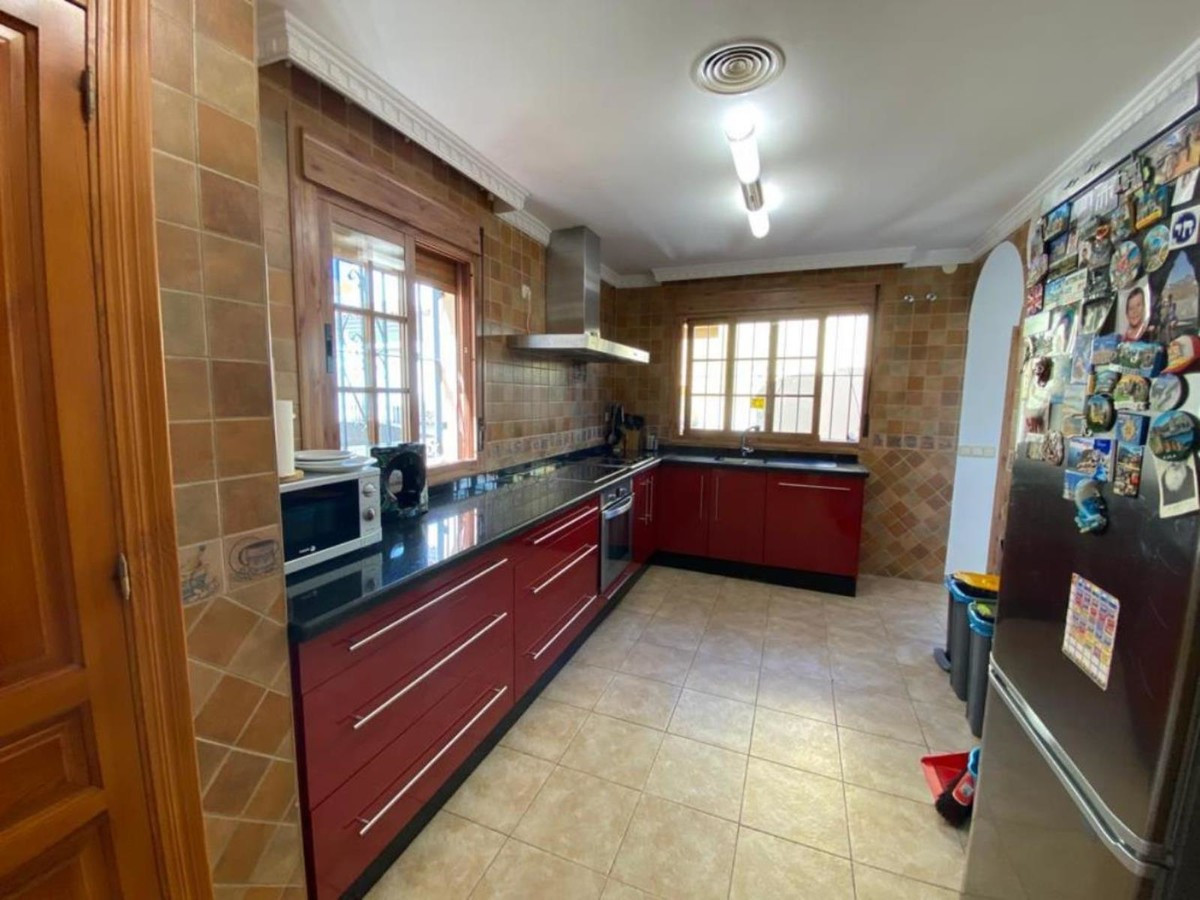 Qlistings - Townhouse in Cancelada, Costa del Sol Property Image