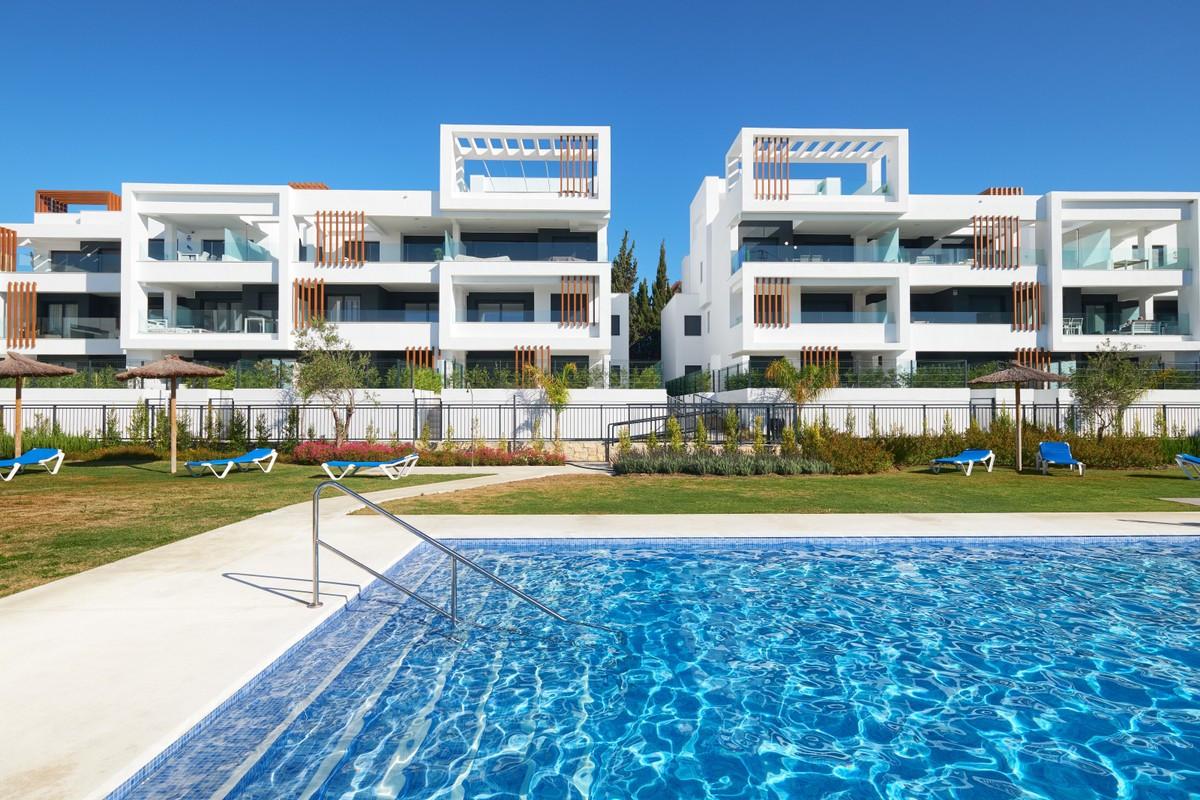 Qlistings - Nice Ground Floor Apartment in Cancelada, Costa del Sol Property Image