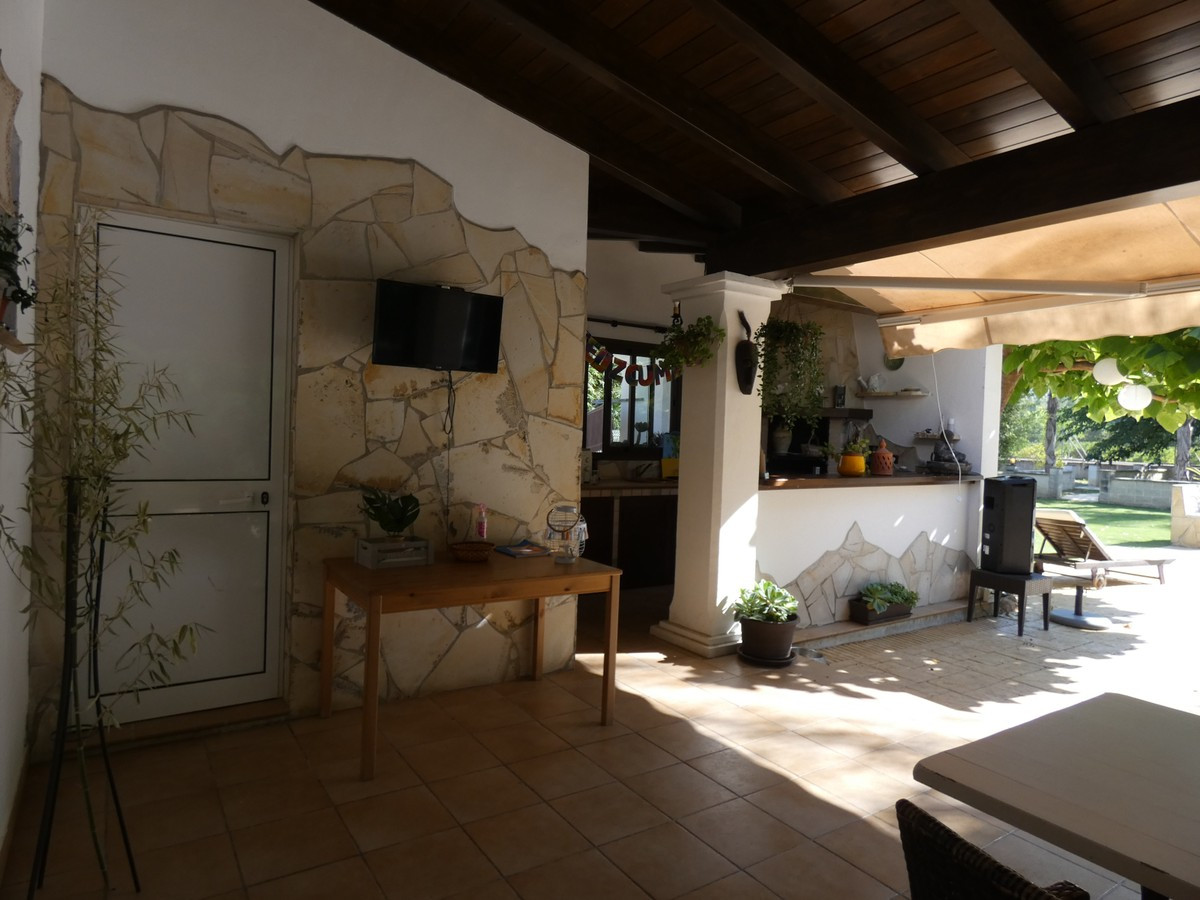 Qlistings - Beautiful House in Coín, Costa del Sol Property Image