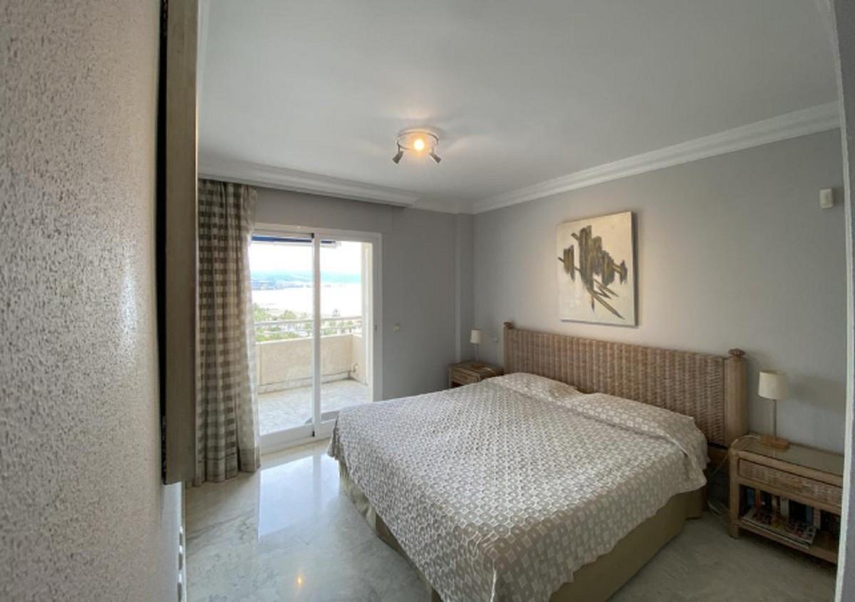 Qlistings - Apartment in Puerto Banús, Costa del Sol Property Image