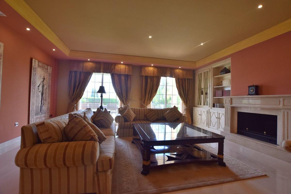 Qlistings - Great House Villa in Mijas Golf, Costa del Sol Property Image