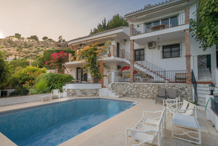 Qlistings - Lovely House Villa in Mijas, Costa del Sol Property Image