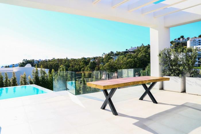 Qlistings - Modern House Villa in Mijas, Costa del Sol Property Image