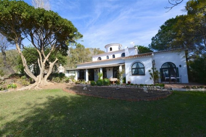 Qlistings - Charming Rustic Style House Villa in Mijas, Costa del Sol Property Thumbnail
